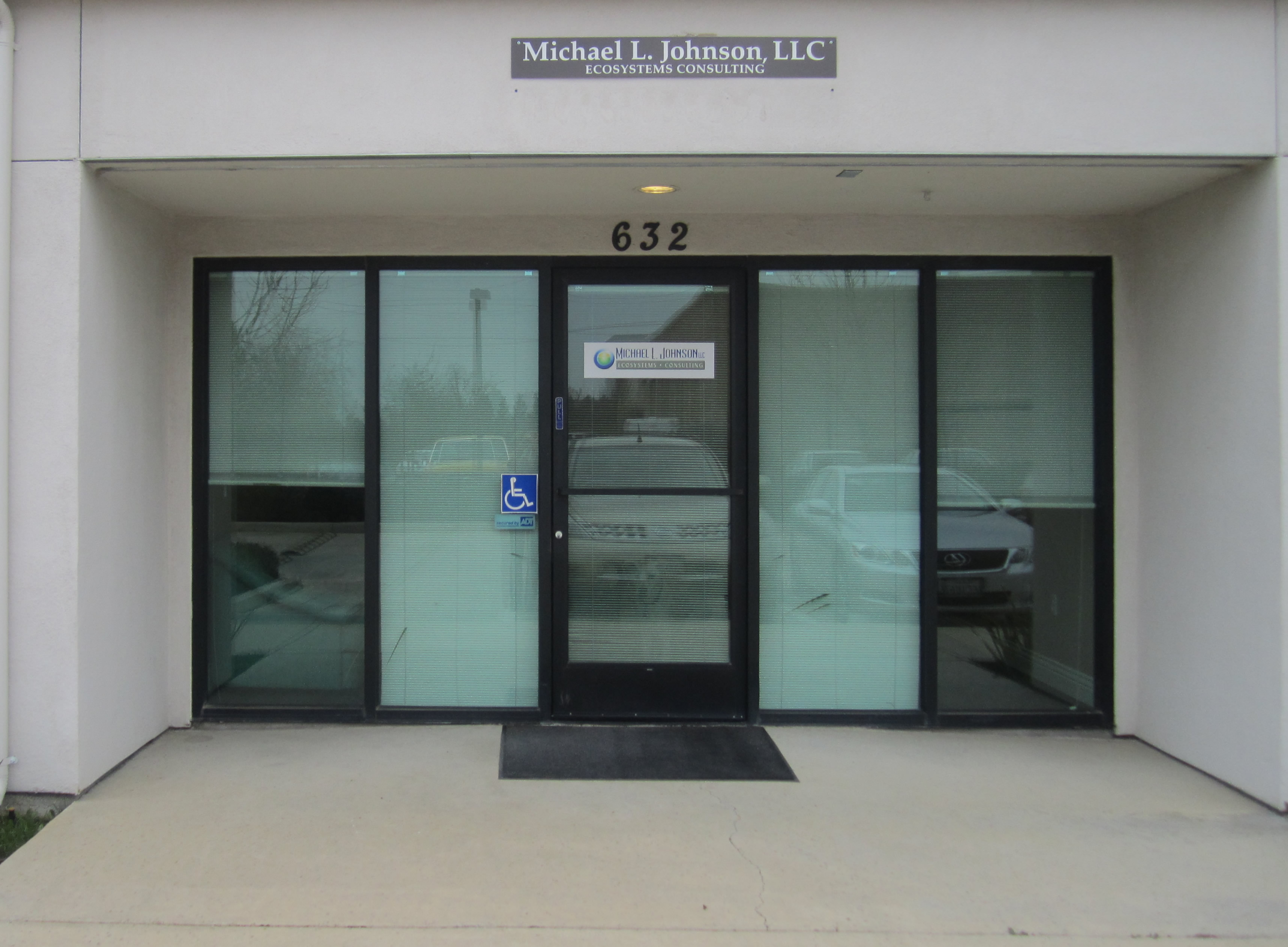 Click on image to see a larger view of the entrance to the Michael L. Johnson, LLC Office